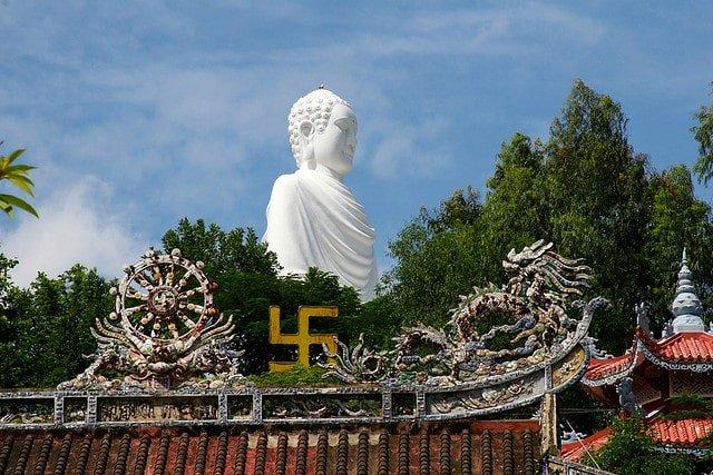 Địa điểm du lịch gần trung tâm Nha Trang