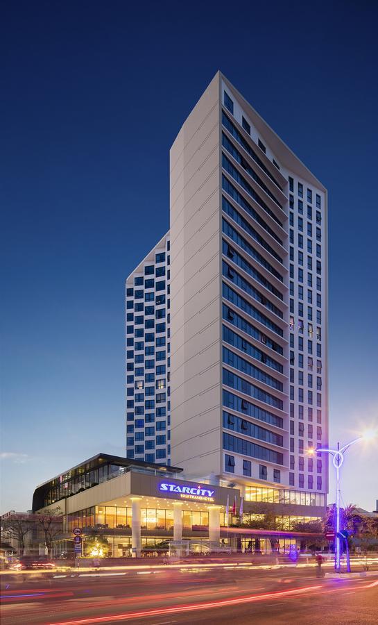 khách sạn 5 sao có view đẹp ở Nha Trang