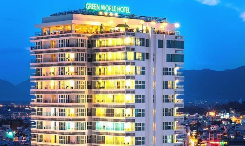 Khách Sạn Nha Trang Gần Trung Tâm - Green World Hotel Nha Trang