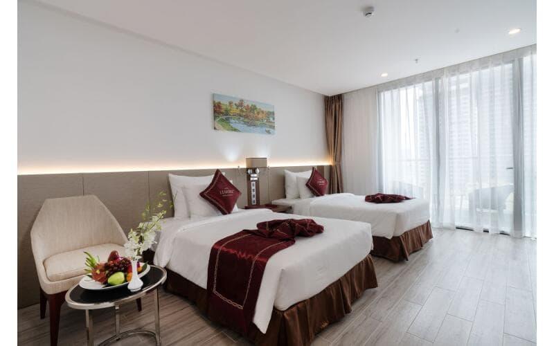 Khách Sạn Nha Trang Gần Quảng Trường - Le More Hotel Nha Trang