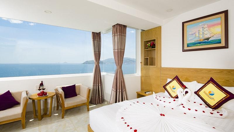 Khách Sạn Nha Trang Mặt Biển - Majestic Star Hotel Nha Trang