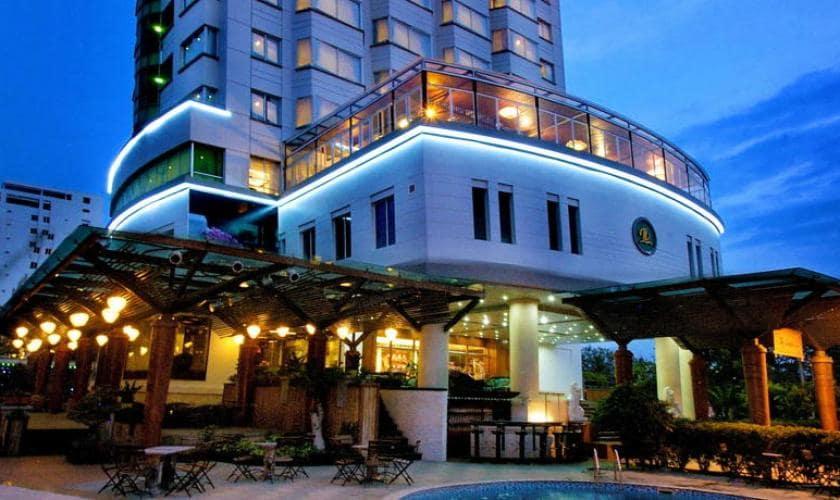 khách sạn 3 sao mặt biển nha trang-Regalia Nha Trang