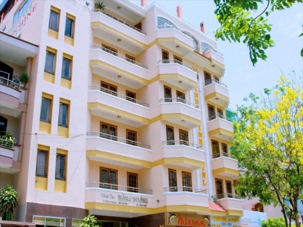 Khách Sạn Nha Trang Gần Trung Tâm - Hotel Yen Indochine Nha Trang